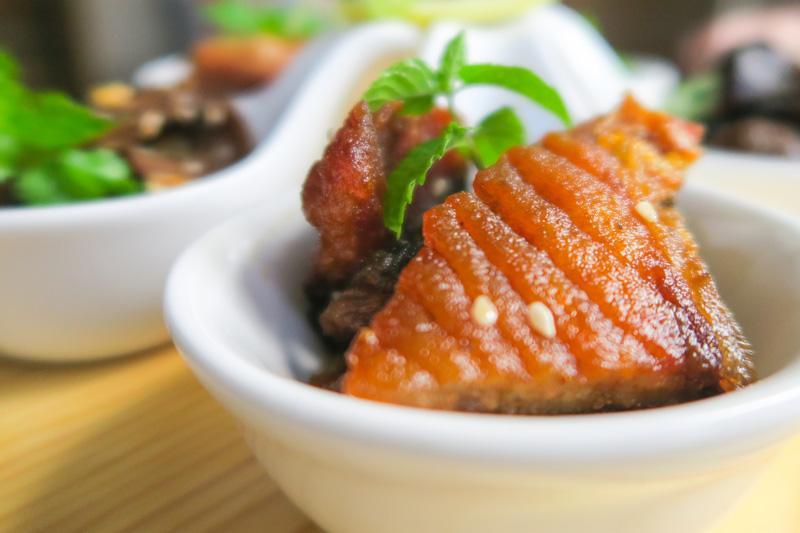 Baiyun Restaurant Review: Delicious Chinese Food in Yangshuo Asia Blog China Restaurants Yangshuo