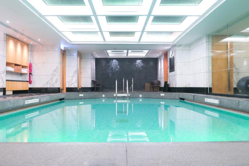 Shangri-La Hotel Review: Kowloon's Most Luxurious Hotel? Asia Blog Hong Kong Hotels